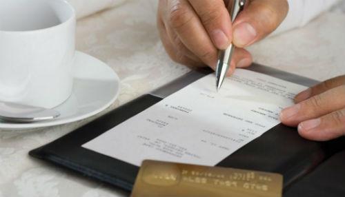 chiedere il conto e pagare