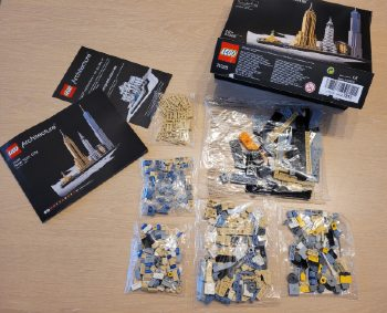 Unboxing Lego New York