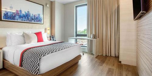 Hotel Insignia, pacchetto volo + hotel New York
