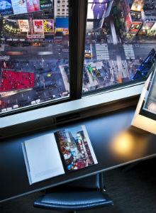 Camera con vista su Times Square