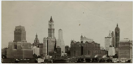 immagine storica del Woolworth Building a New York