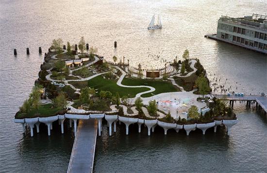 il parco galleggiante Little Island a New York