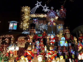 Luci di Natale a Dyker Heights, New York