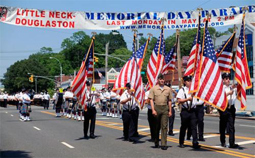 la memorial day parade nel Queens