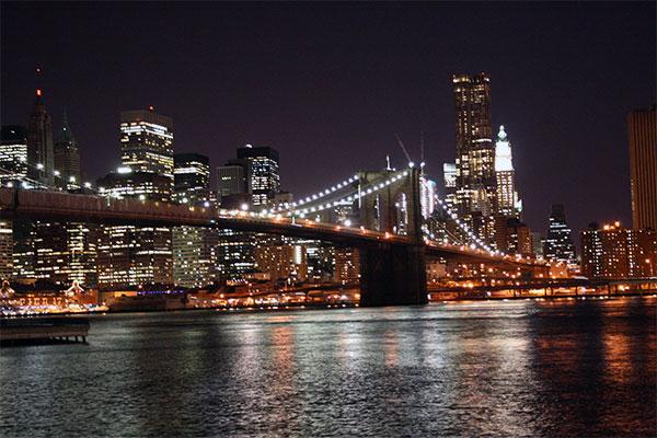 New york di notte come viverla e cosa fare for Foto new york notte