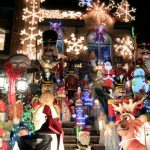 Tour delle luci di Natale a Dyker Heights, New York